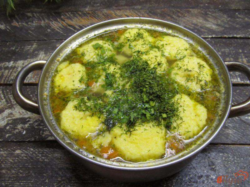 Фото приготовление рецепта: Картофельный суп с клецками из сыра шаг №9