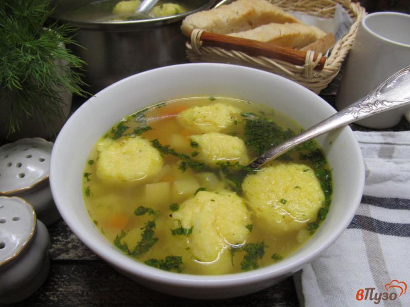Фото приготовление рецепта: Картофельный суп с клецками из сыра шаг №10