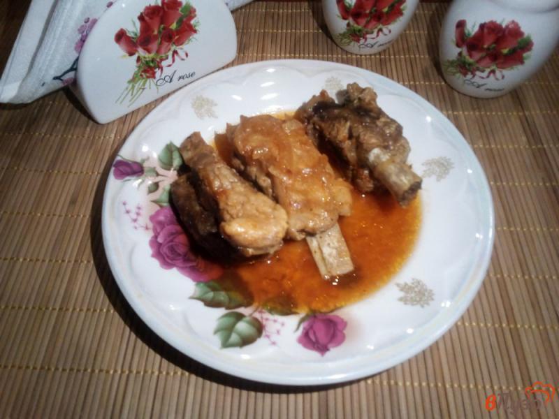 Фото приготовление рецепта: Свиные ребра тушёные в мультиварке-скороварке шаг №5
