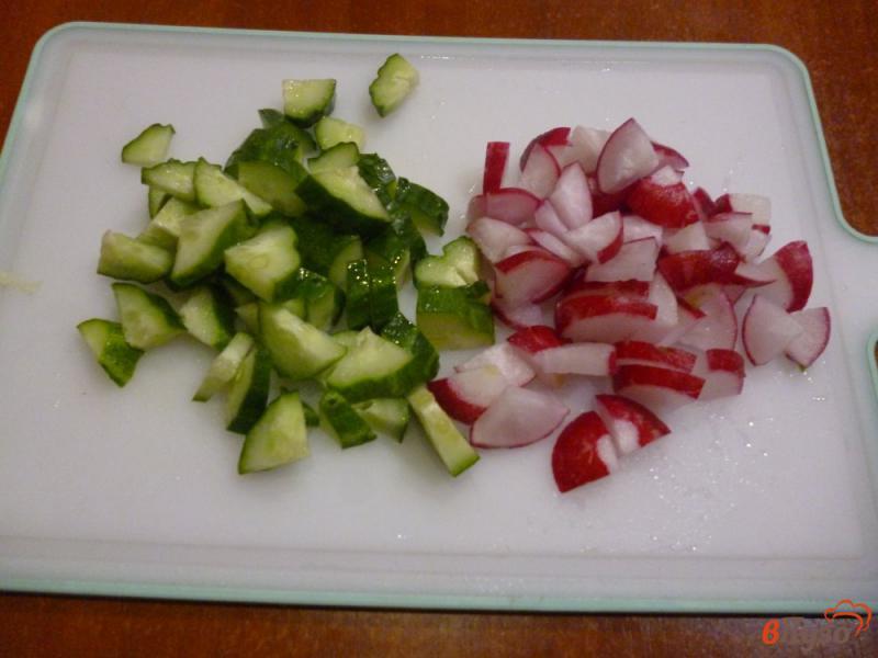 Фото приготовление рецепта: Овощной салат со сметанной заправкой шаг №2