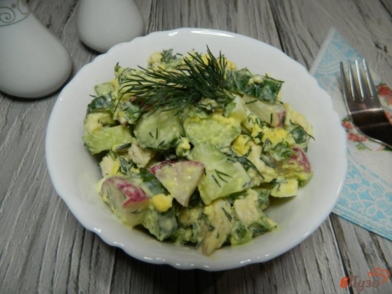 Фото приготовление рецепта: Овощной салат со сметанной заправкой шаг №7