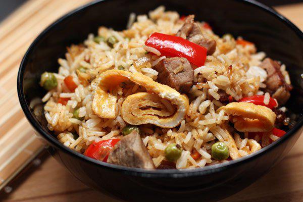 Рис с омлетом и овощами - рецепт пошаговый с фото