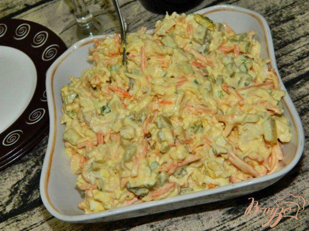салат из соленых огурцов с морковью