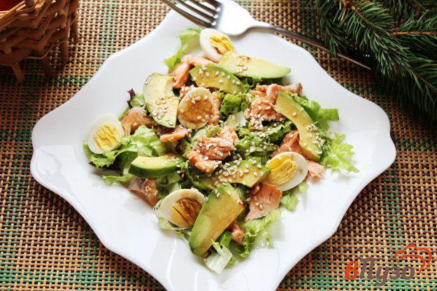 Салат с лососем и авокадо - рецепт приготовления с фото от Maggi.ru | 416x625