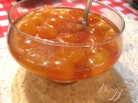 Фото приготовление рецепта: Варенье из черешни с лимоном «Янтарь» шаг №7
