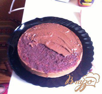 Фото приготовление рецепта: Шварцвальдский вишневый торт («Черный лес») шаг №11