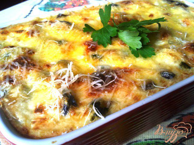 Фото приготовление рецепта: Мидии в сырном соусе шаг №10