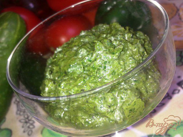 Фото приготовление рецепта: Соус Песто с рукколой шаг №5