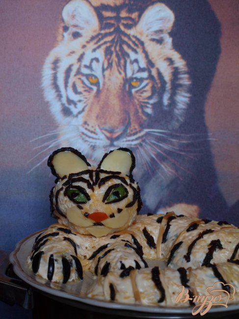 Фото приготовление рецепта: Салат «Белый тигр» шаг №5
