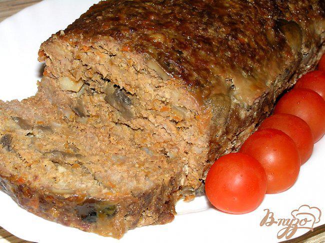 Фото приготовление рецепта: Мясной хлеб с грибами шаг №14