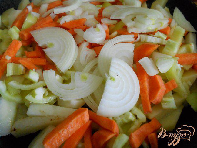 Фото приготовление рецепта: Лагман со свининой шаг №2