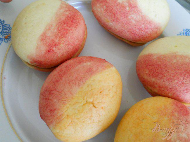 Фото приготовление рецепта: Печенье-пирожное «Персики» шаг №7