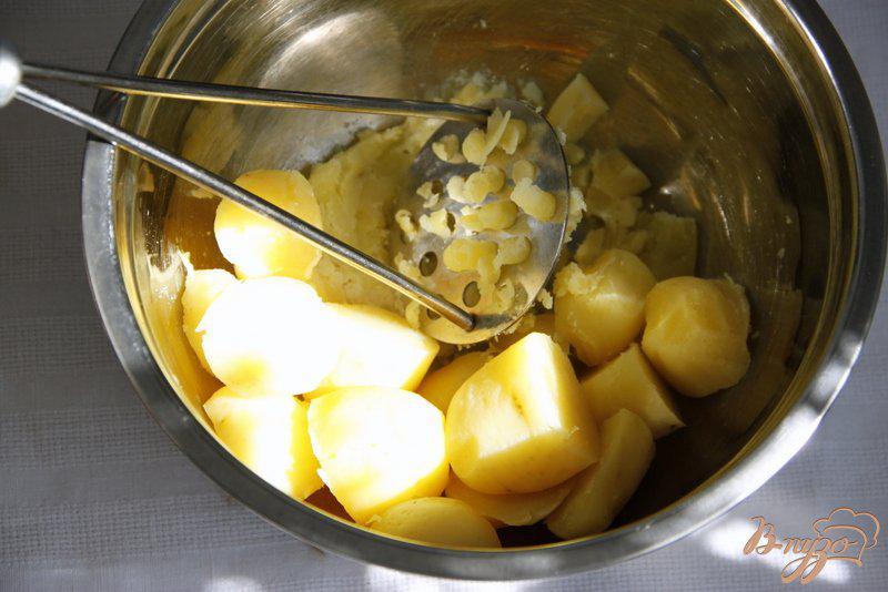 Фото приготовление рецепта: Суфле из картофеля и шпината шаг №1