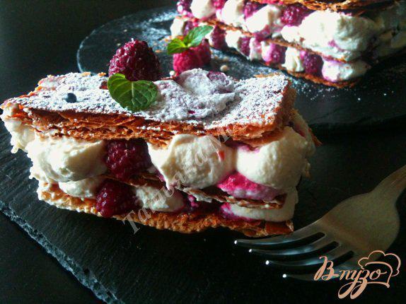 Фото приготовление рецепта: Mille-feuille - Мильфей с кремом из маскарпоне шаг №10