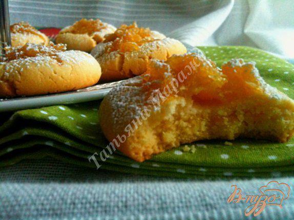 Фото приготовление рецепта: Песочное печенье с яблочно-медовой начинкой шаг №11