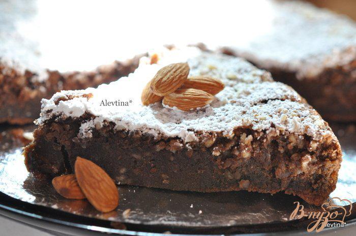 Фото приготовление рецепта: Шоколадный миндальный торт шаг №7