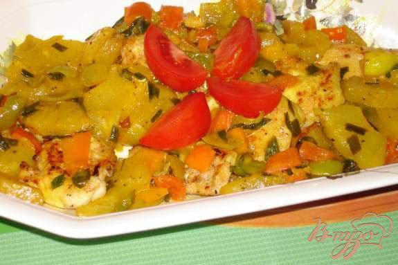Фото приготовление рецепта: Сочные медальоны из курины (индейки) с ананасом шаг №6