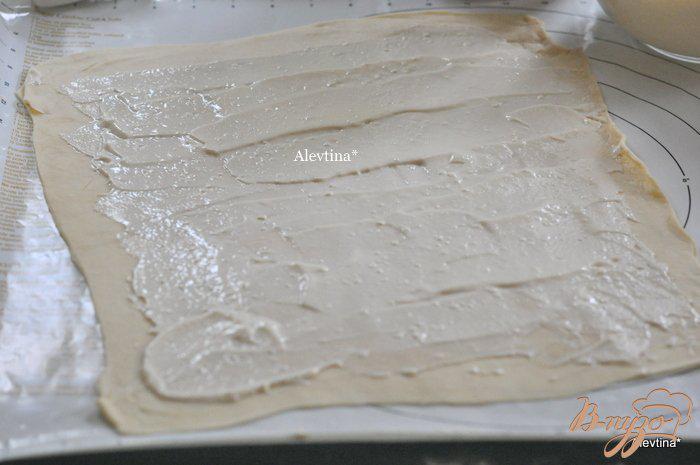 Фото приготовление рецепта: Булочки со сливочным сыром шаг №5