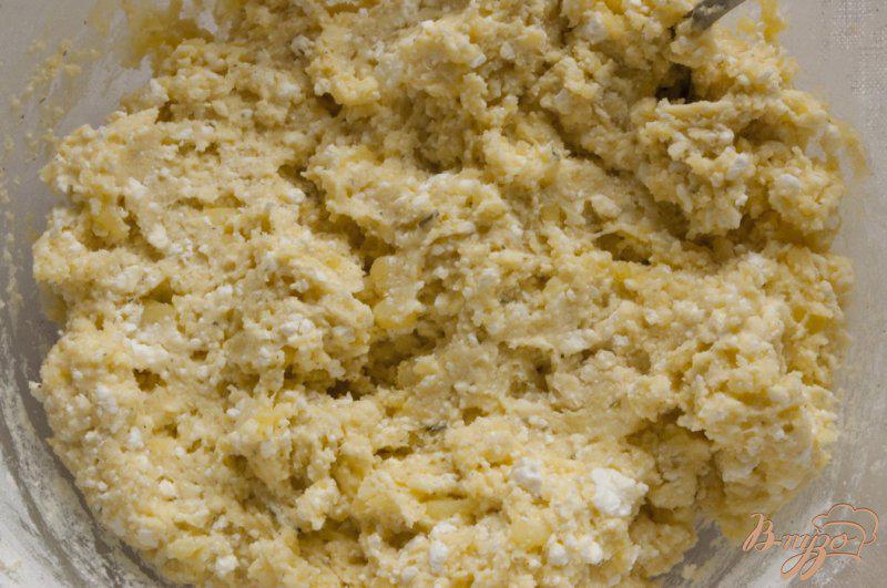Фото приготовление рецепта: Картофельные сырники шаг №5