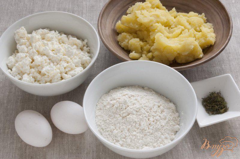 Фото приготовление рецепта: Картофельные сырники шаг №1