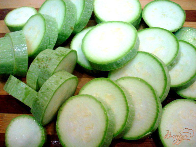 Фото приготовление рецепта: Барабулька с овощами шаг №8