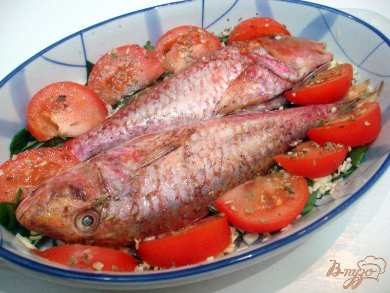 Фото приготовление рецепта: Барабулька с овощами шаг №6