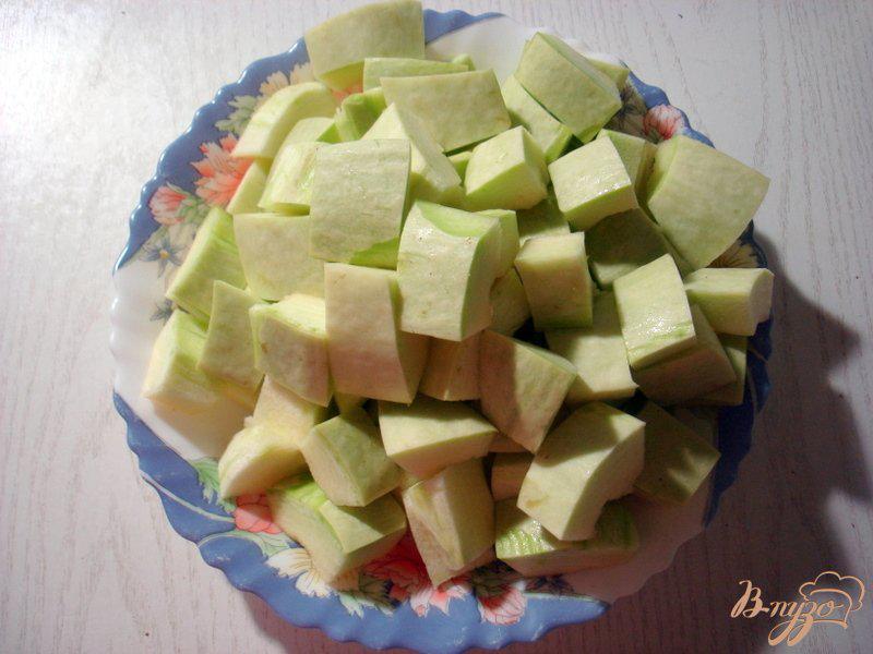 Фото приготовление рецепта: Рагу с грибами и брокколи шаг №3