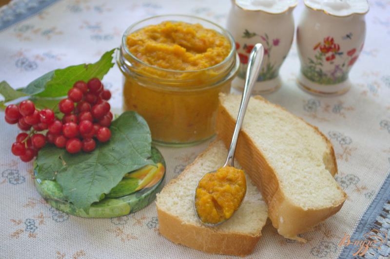 Фото приготовление рецепта: Аджика из кабачка с добавлением яблок шаг №6