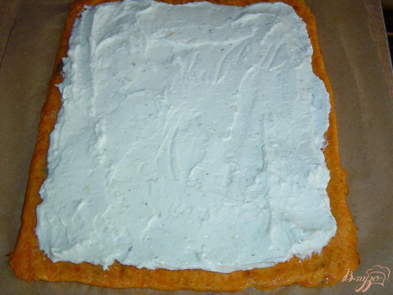 Фото приготовление рецепта: Рулет морковно-творожный шаг №6