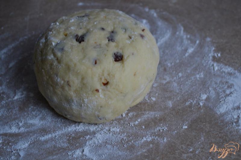 Фото приготовление рецепта: Сконы с миндалем и изюмом шаг №5