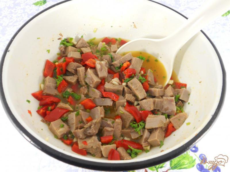 Фото приготовление рецепта: Террин из свиного языка шаг №2