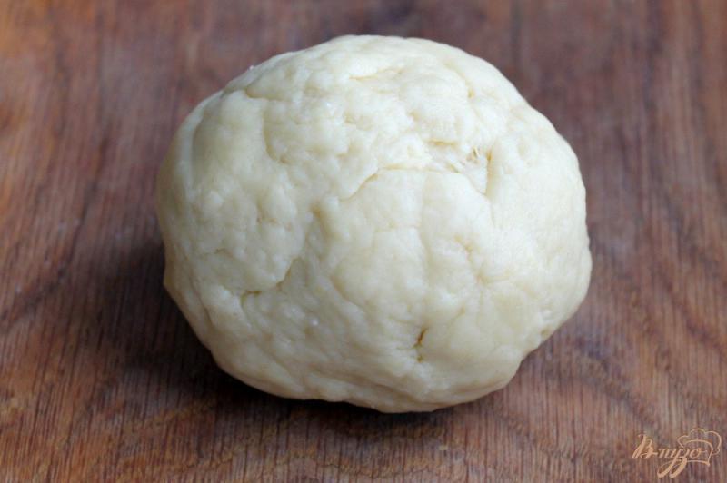 Фото приготовление рецепта: Печенье с яблочным пюре и орехом шаг №4