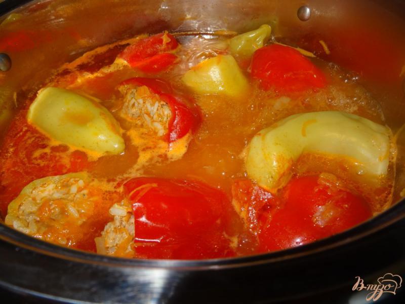 Фото приготовление рецепта: Перец фаршированный свининой шаг №12