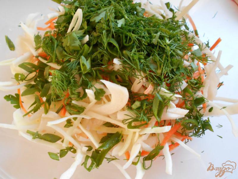 Фото приготовление рецепта: Салат из капусты, моркови и ветчины шаг №4