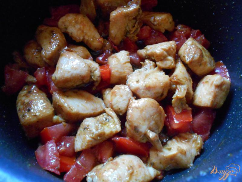 Фото приготовление рецепта: Свинина с рисом и кабачками шаг №3