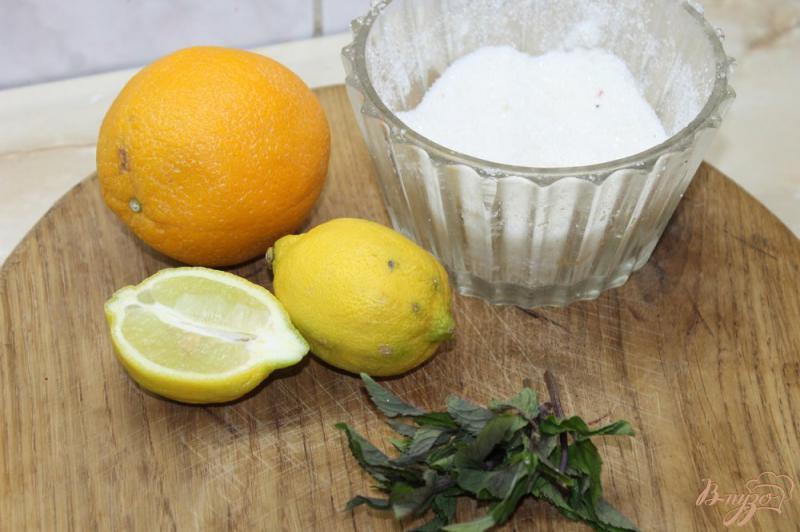 Фото приготовление рецепта: Лимонад с мятой и апельсином шаг №1