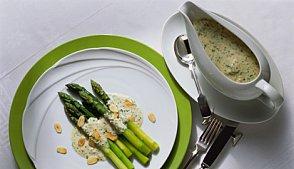 фото рецепта: Спаржа под соусом