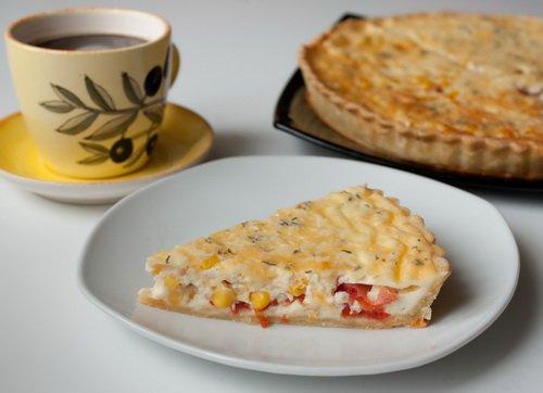 Рецепт Киш с кукурузой и помидорами