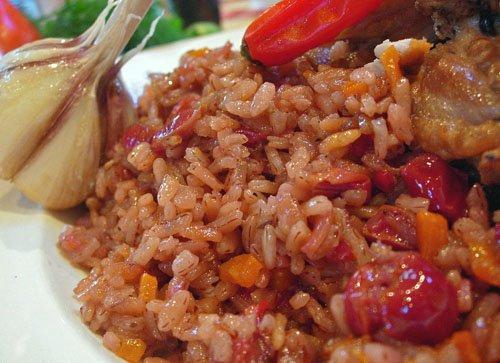 Рецепт Плов с вишней и цыпленком