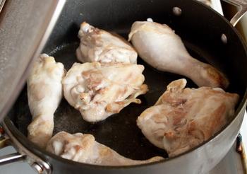 Куриные ножки, тушеные со сладким перцем