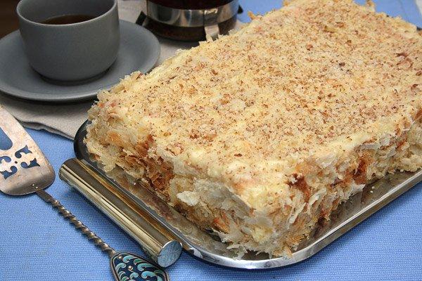 фото рецепта: Торт Наполеон из слоеного теста