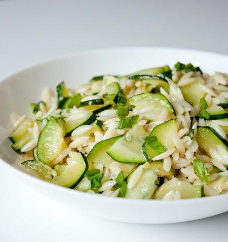 Салат з орзо і цукіні. Як приготувати з фото