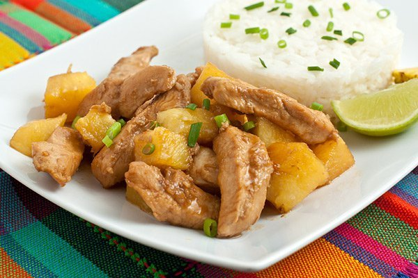 фото рецепта: Курица с ананасами