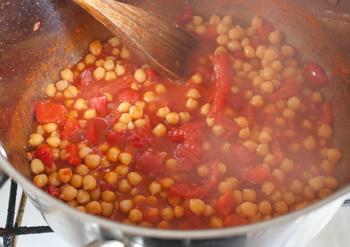 Томатный суп-пюре с горохом