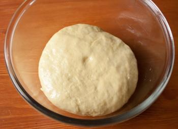 Плетеный пирог с ветчиной, индейкой и брокколи