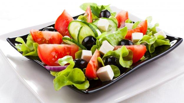 Смачний грецький салат. Як приготувати з фото