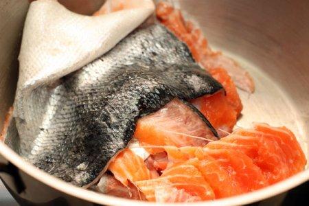 Рыбная солянка с семгой