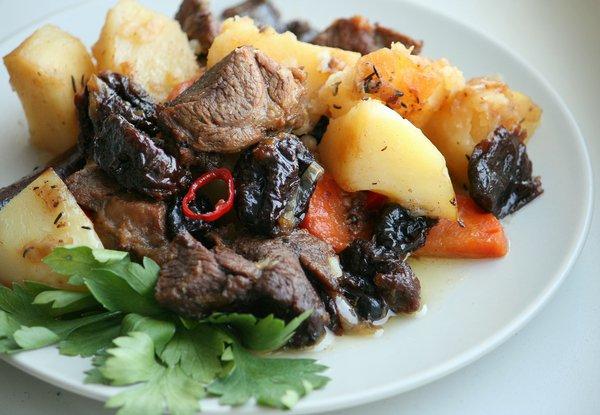 Рецепт Острая баранина с черносливом