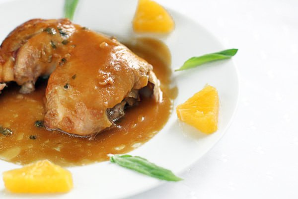 Рецепт Курица с шалфеем в апельсиновом соусе