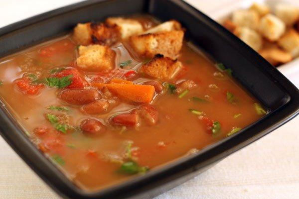 фото рецепта: Суп из фасоли